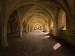 fountains-abbey-3537440_1280